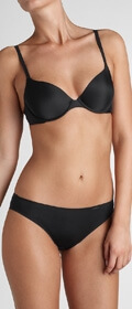 Triumph Slip Tai Just Body Make-Up